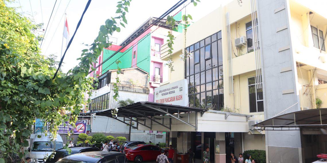 RSU. Pancaran Kasih milik GMIM, yang berada di Jalan Sam Ratulangi, Manado.(dodokugmim/joshuaumboh)