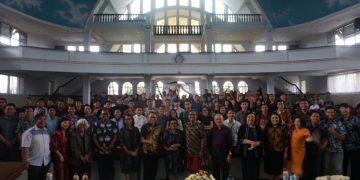 Seminar Agama dan Negera, di Maranatha Paslaten, Jumat (4/10/2019). Seminar ini digelar dalam rangka Dies Natalis Fakultas teologi UKIT.(dodokugmim/geraldywantania)
