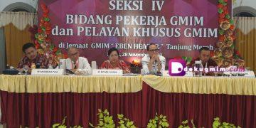Sidang Seksi IV Bidang Pekerja GMIM dan Pelsus, Kamis (28/11/2019).(dodokugmim/brendamoningka)