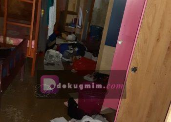 Kondisi salah satu kamari di Asrama Serafim Fakultas teologi UKIT yang dibongkar pencuri.(dodokugmim/rogermentaruk)