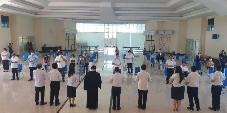 Ibadah pengutusan warga GMIM yang mencalonkan diri di Pemilukada 2020, Jumat (4/12/2020).(dodokugmim/melkitamaka)