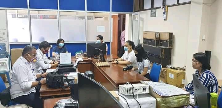 Rapat Bidang Data dan Informatika Sinode GMIM bersama PPA, merampungkan pencanangan Gerakan Membaca Alkitab Bahasa Manado, di ruang PTIK GMIM, Rabu (20/1/2021).(dodokugmim/melkitamaka)