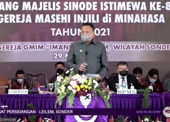 Ketua MPH PGI yang juga Gubernur Sulawesi Utara Olly Dondokambey menyampaikan sambutan dalam ibadah pembukaan SMSI yang dilaksanakan dengan menggunakan Bahasa Manado, Senin (29/3/2021).(dodokugmim/lino)